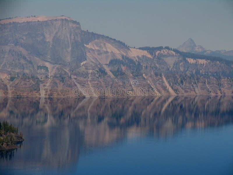 Specchio del cratere fotografia stock libera da diritti