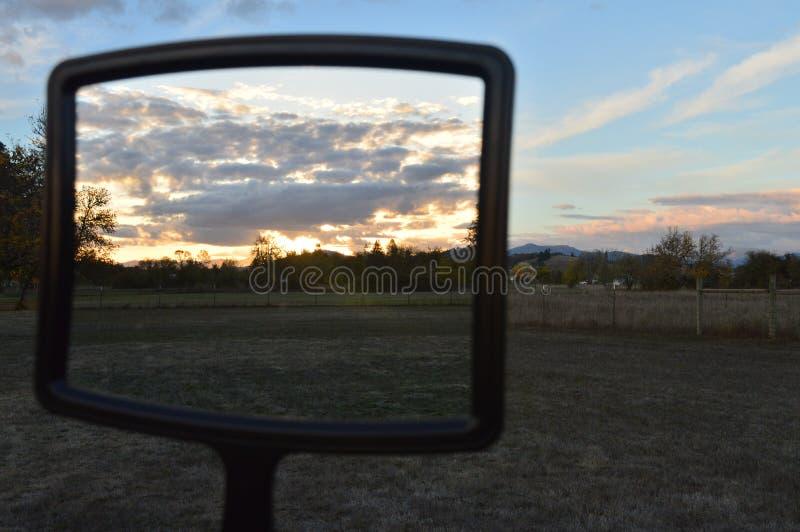 Specchio del tramonto fotografie stock