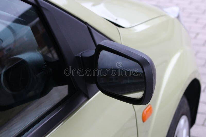Specchio di automobile Specchio automatico nero Casa di vista dello specchio di guida di veicoli di retrovisore immagine stock