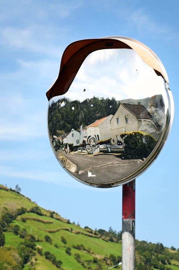 Specchio di traffico fotografie stock libere da diritti