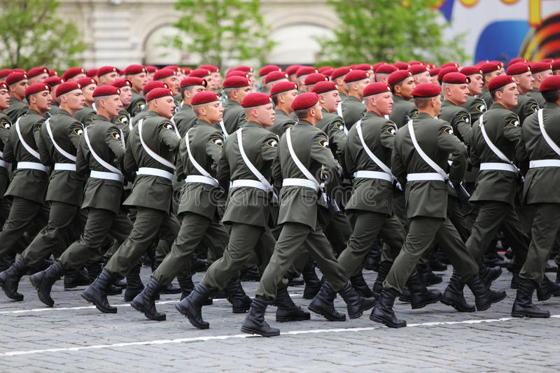 Special mission soldiers in maroon berets march