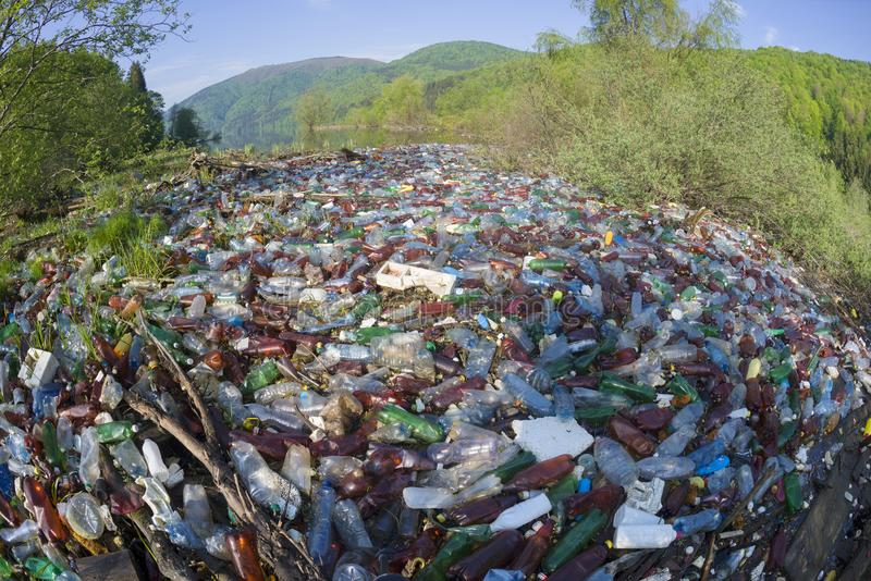 Special operation to clean up the river of debris royalty-vrije stock foto's