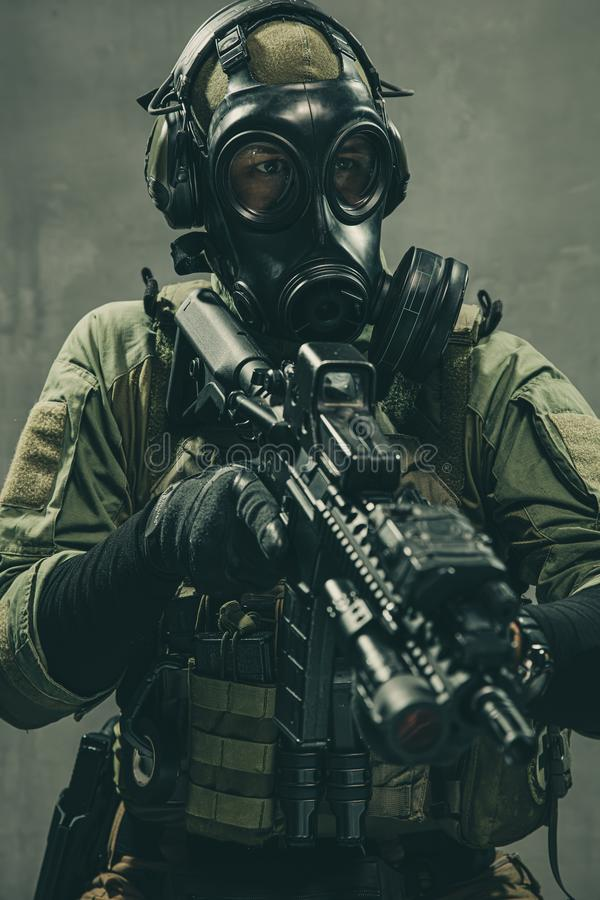 Free Special Unit Soldier With Gasmask And Tactical Equipment Royalty Free Stock Photography - 158422807