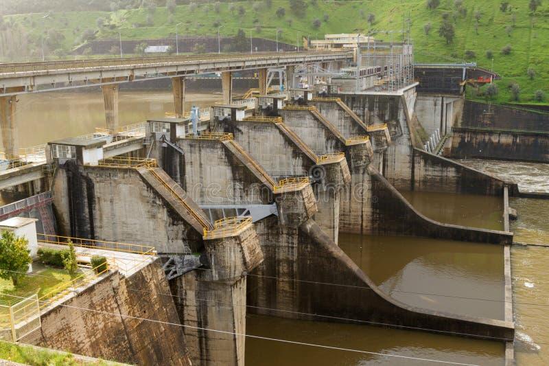 Portugisisk hydrokraftverk fotografering för bildbyråer