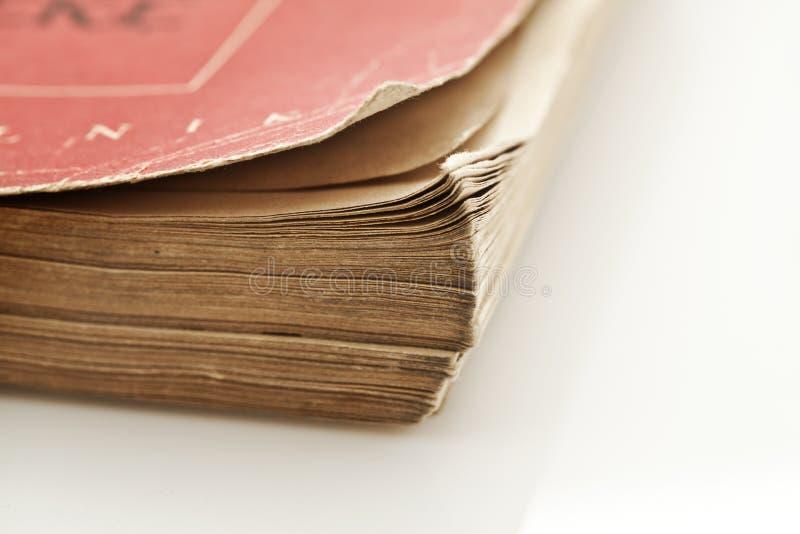 Specificera av det gammala stängt bokar royaltyfri bild