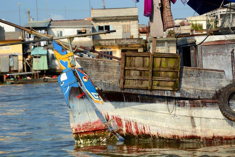 specificera viet för nam för strandfartygdanang fiske Mekong delta som svävar marknaden Cai Be vietnam royaltyfri foto