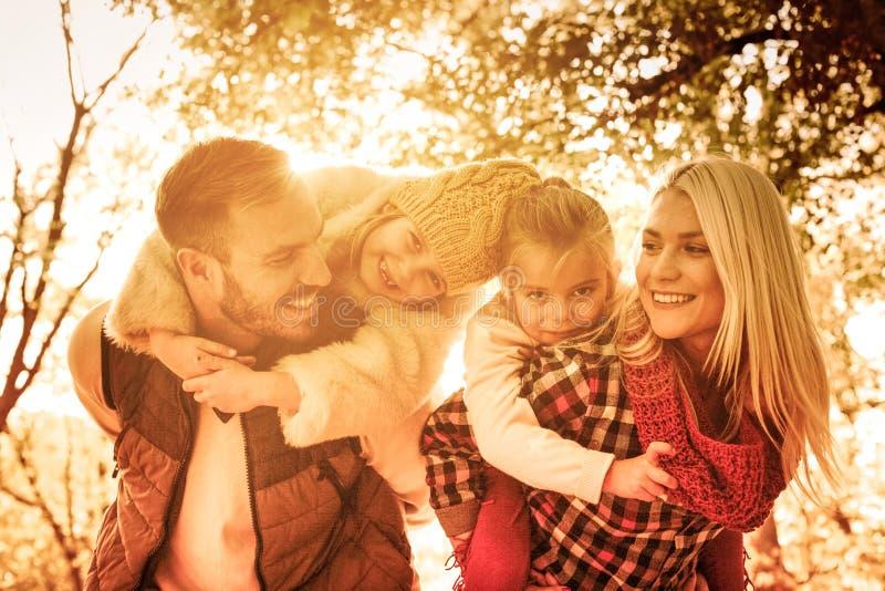 Specjalne rodzinne więzi fotografia royalty free