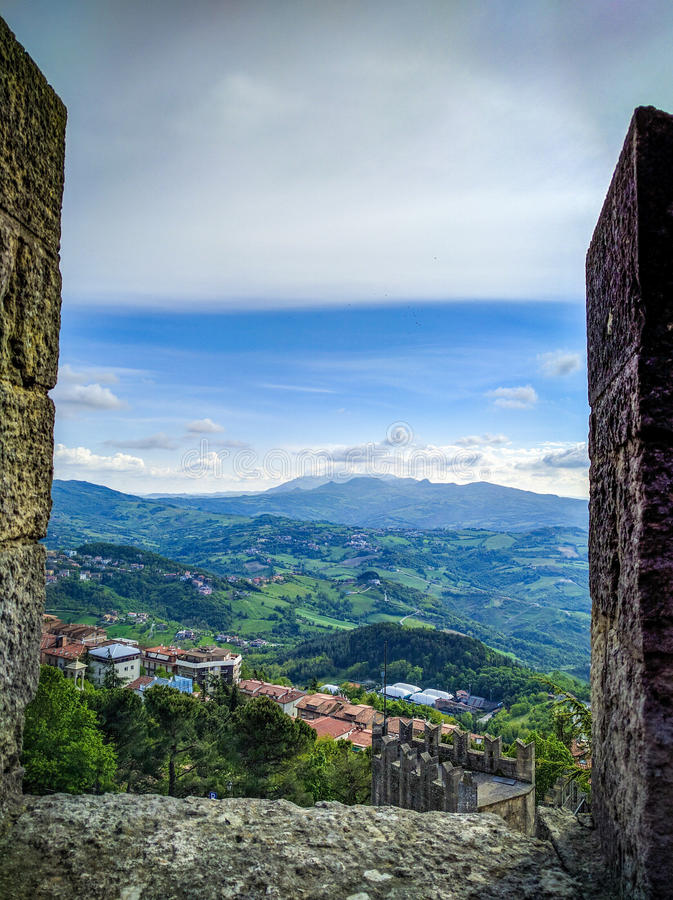 Spectaculaire mening van San Marino stock foto