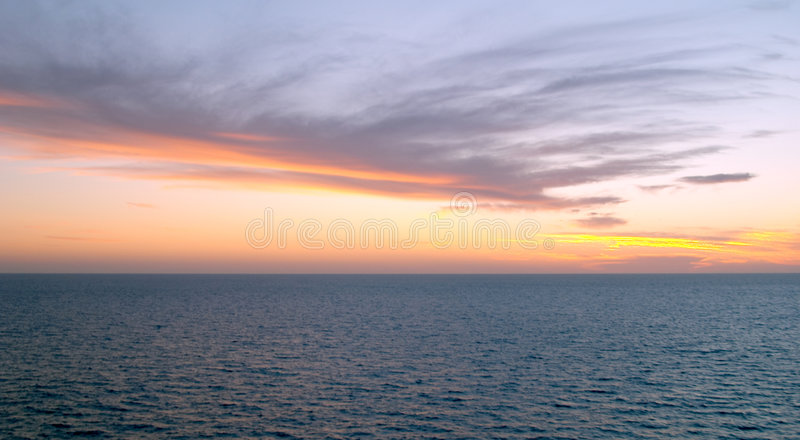 Spectaculaire zonsondergang op Mar DE Cortes stock afbeeldingen