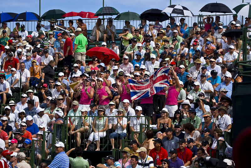 Download Spectators Pack The Pavilion - 18th Green Editorial Image - Image: 12314940