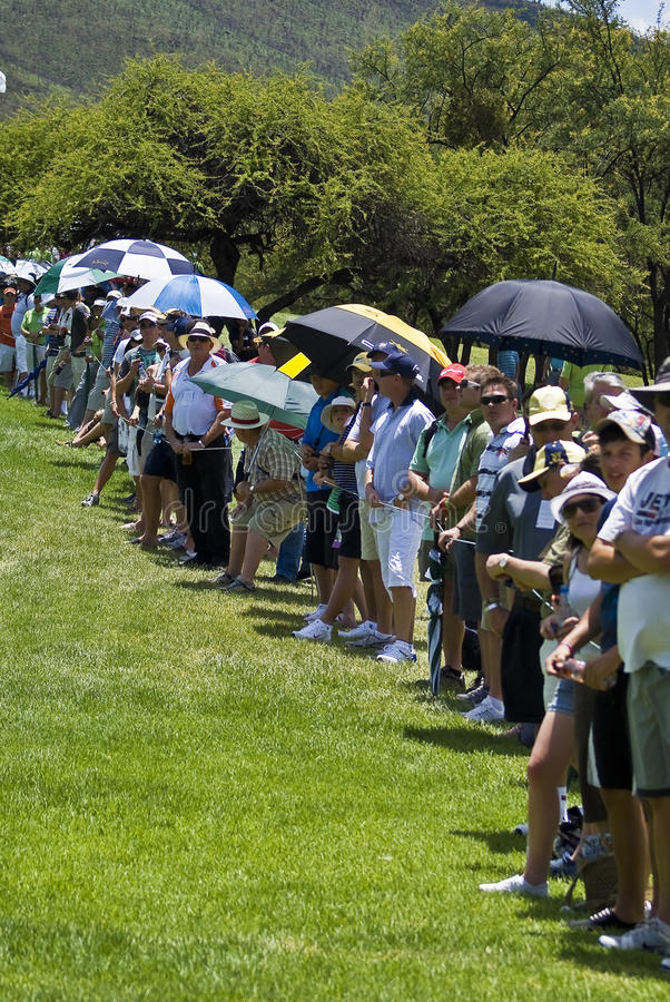 Download Spectators On The 1st Fairway Editorial Image - Image: 17384735