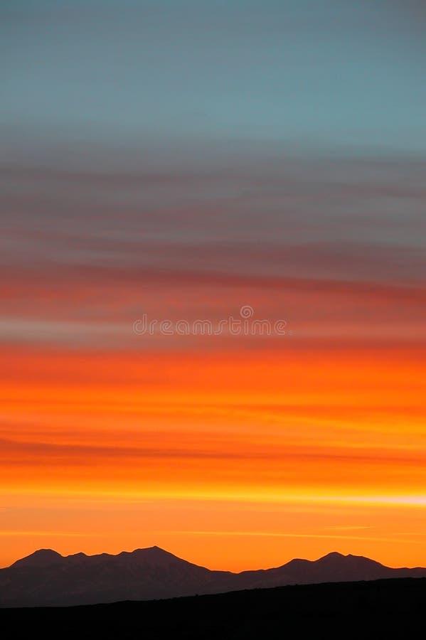 Spectres de couleur incroyables de lever de soleil image stock