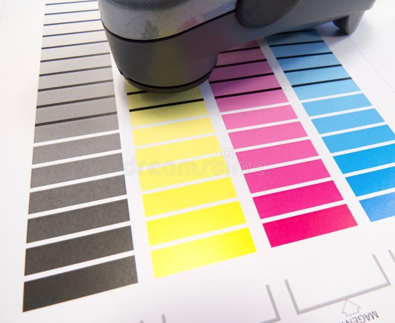 Spectrometer op Kleurengrafiek royalty-vrije stock foto's