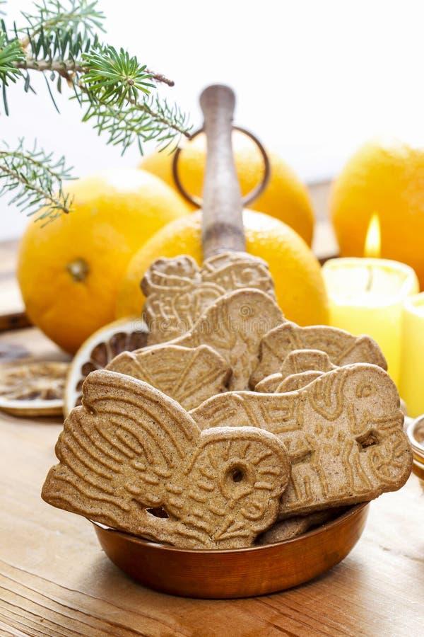 Speculaas è un tipo di biscotto aromatizzato dello shortcrust fotografia stock libera da diritti