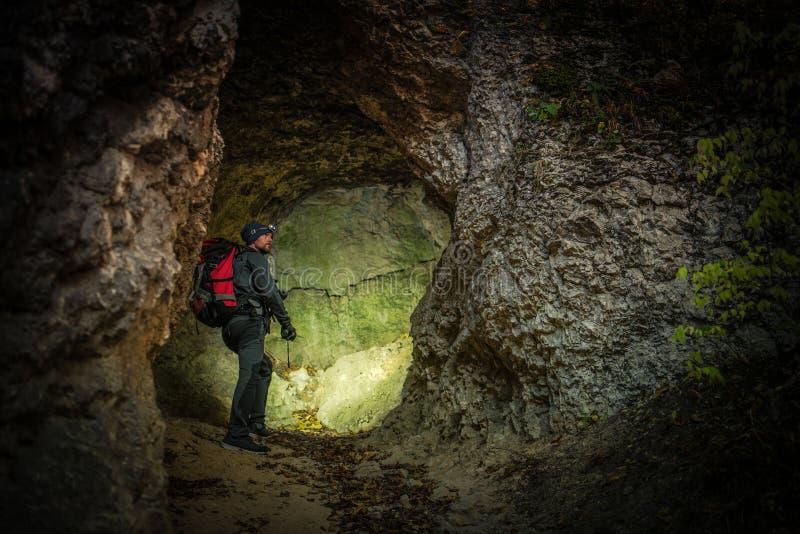 Spedizione stretta della caverna fotografie stock libere da diritti