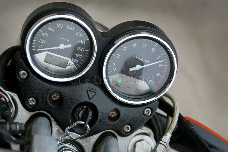 Speedmeter et tachymètre image stock