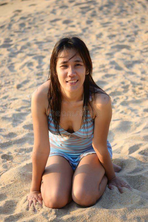 Speel op het strand stock afbeelding