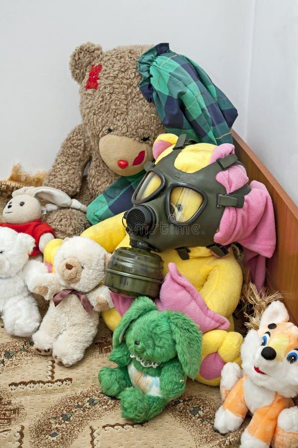 Speelgoed klaar voor apocalyps stock afbeelding