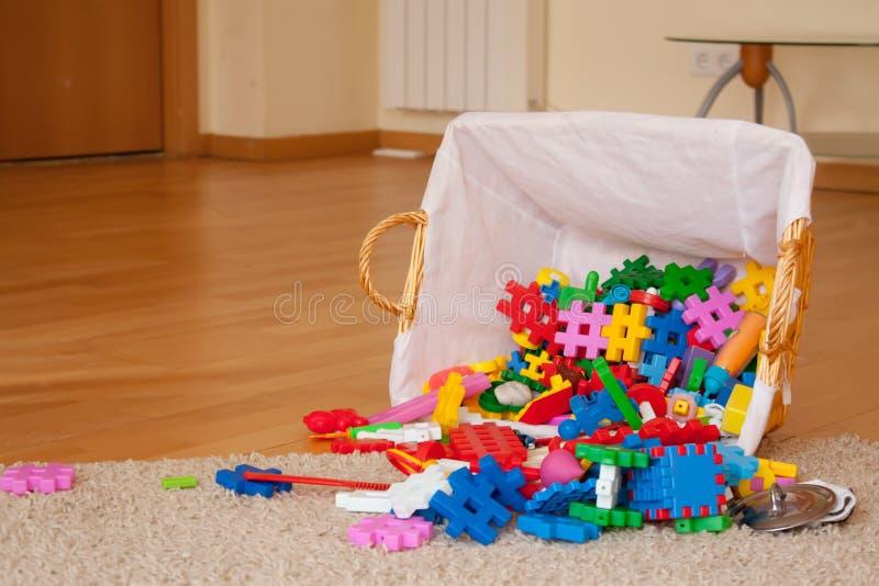 Speelgoed op vloer royalty-vrije stock foto's