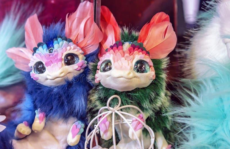 Speelgoed van fantastische wezens met grote expressieve ogen royalty-vrije stock fotografie
