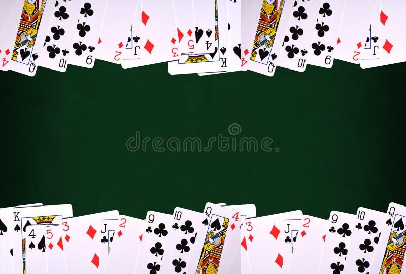 Speelkaarten op Groene achtergrond met exemplaarruimte vector illustratie