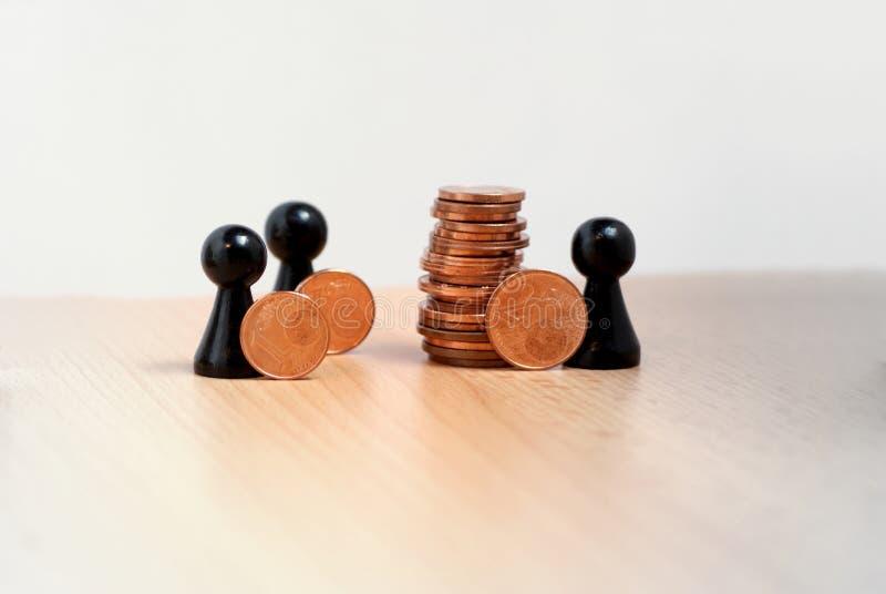 Speels conceptenbeeld van besparingsgeld samen royalty-vrije stock fotografie
