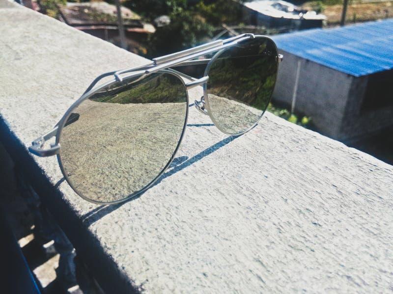 Spegel Sunglass arkivfoto