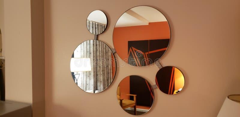 spegel arkivfoto