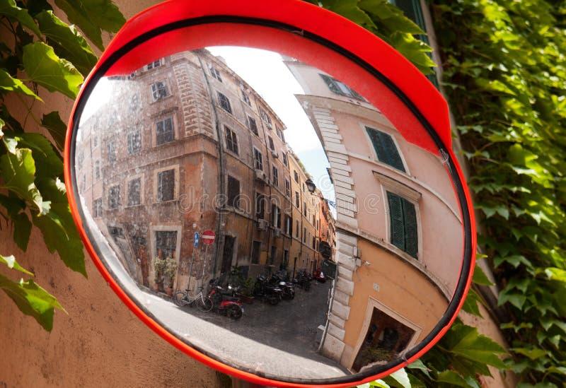 spegelrome gata arkivbilder