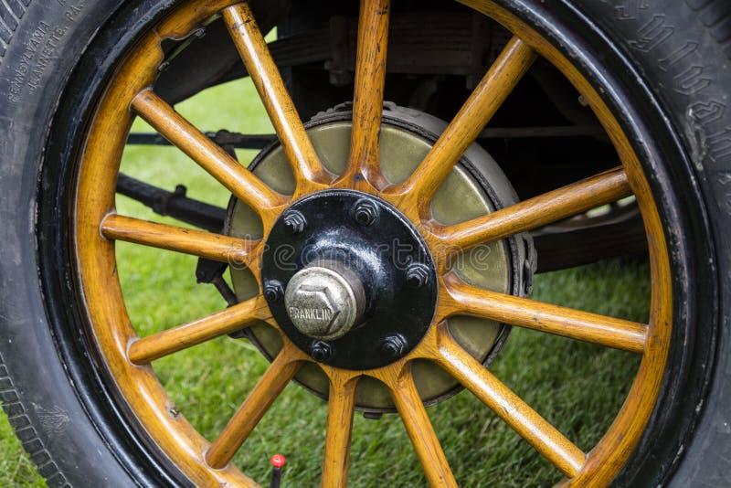 Speichennabe des Rades Franklin Touring-Autos 1916 hölzerne stockfoto