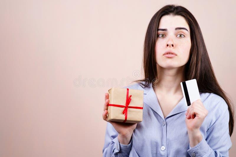 Speicherlieferung, Gelddarlehen, on-line-Einkaufen stockbilder