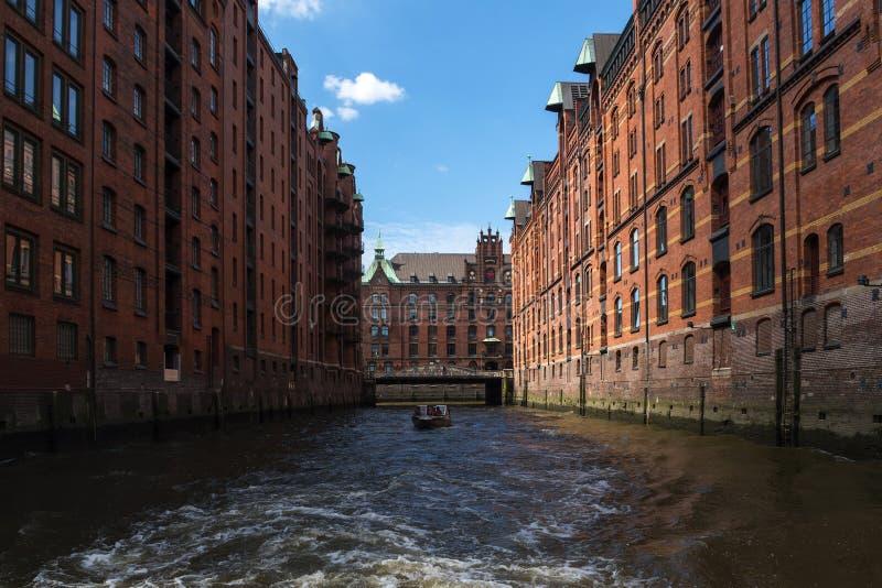 Speicherstadt van Hamburg, oud pakhuisdistrict met handel en royalty-vrije stock afbeelding