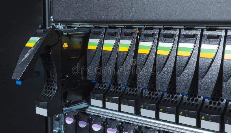 Speichersystem im Rechenzentrum stockfotografie