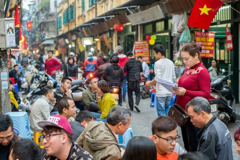 Speisen in Hanoi stockfoto