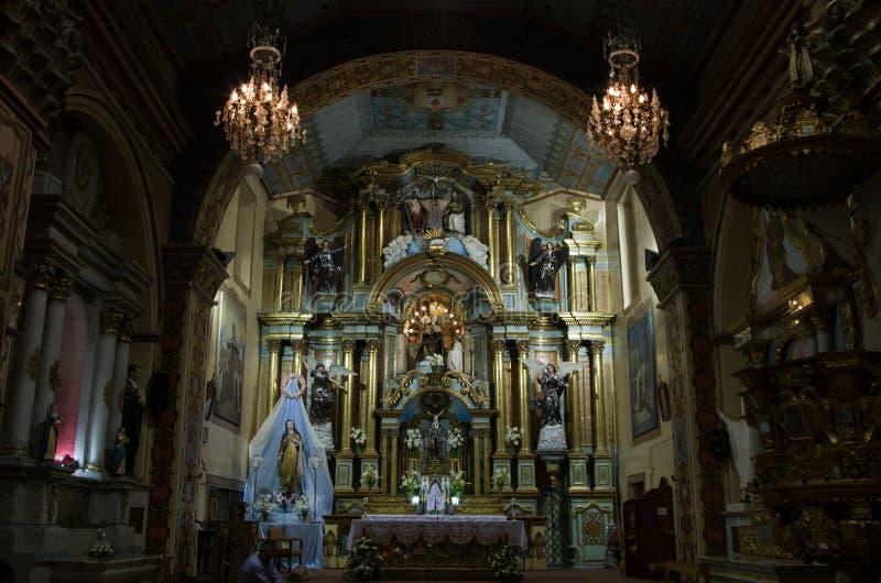 Spektakulär koloniinvånarekyrka i Ecuador arkivfoton