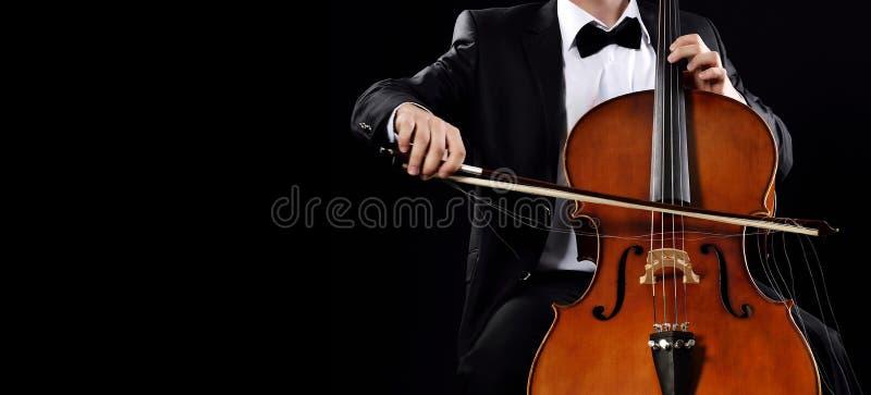 Spela violoncellen fotografering för bildbyråer