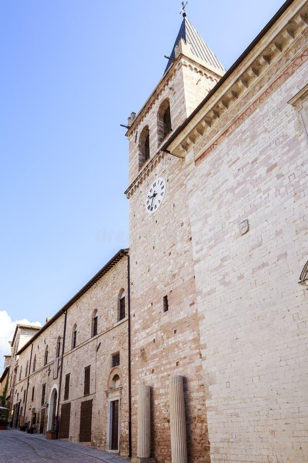 Spello Iglesia de Maria Maggiore del santo en Umbría en Italia imagenes de archivo