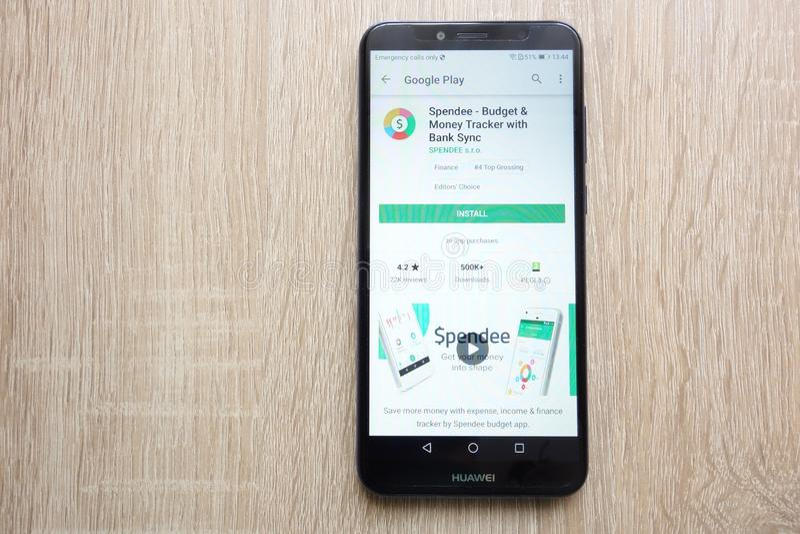 Spendee - budżeta i pieniądze tropiciel z bank synchronizacji app na google play store stronie internetowej wystawiającej na Huaw obrazy stock