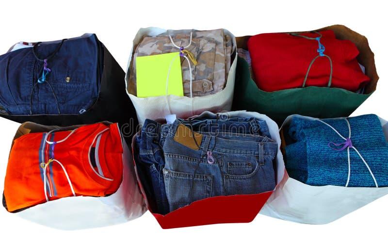 Spenden-Kleidung stockbilder