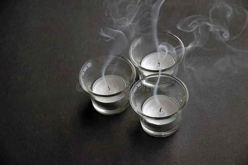Spenga gli indicatori luminosi del tè immagini stock