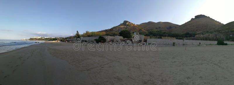 Sperlonga - Overzicht van Tiberius Beach stock fotografie