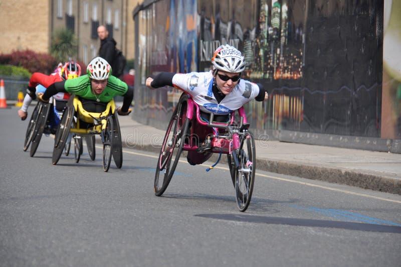 Sperrungen des London-Marathons 2011 lizenzfreie stockbilder