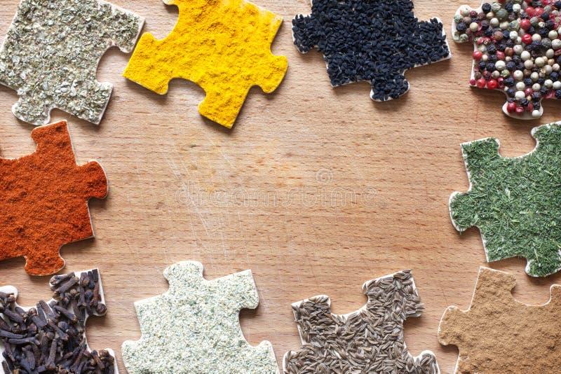 Spezie degli ingredienti alimentari e concetto di dieta di puzzle immagini stock libere da diritti