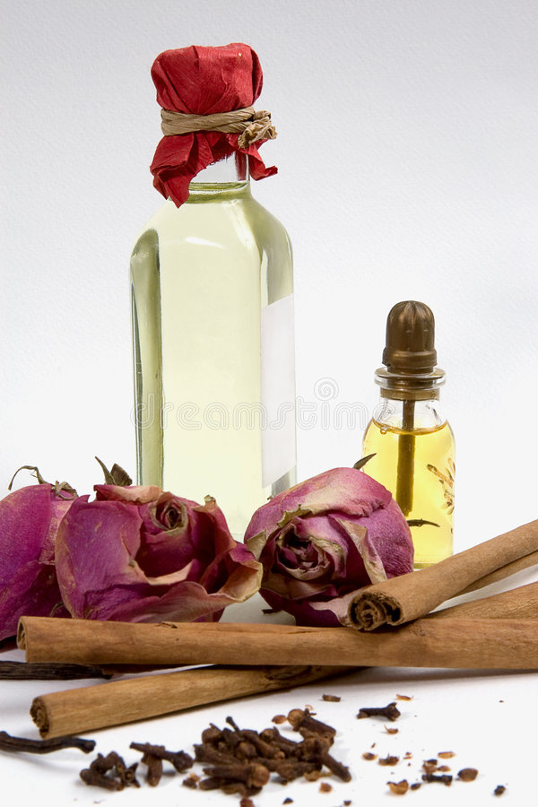 Spezie per l'olio dell'aroma fotografia stock