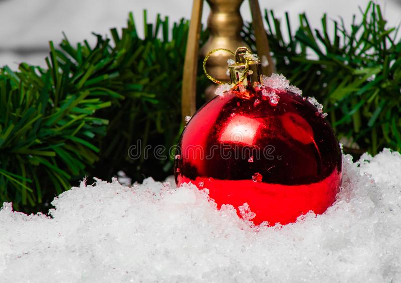 Sphères lumineuses de Noël un espoir photo stock