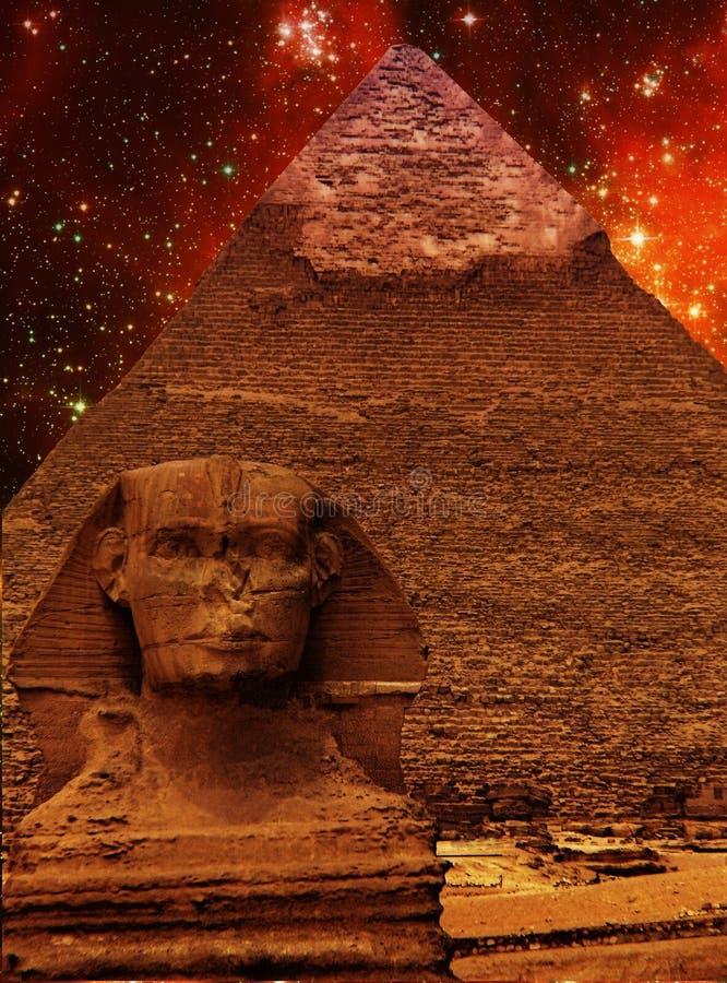 Sphinx, πυραμίδα Khafre και μικρό σύννεφο Magellanic (στοιχεία ο στοκ φωτογραφία