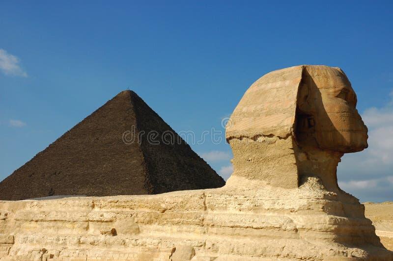 Sphinx & piramide fotografia stock libera da diritti