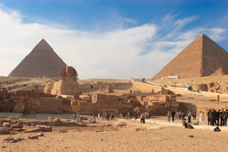 Sphinx e grande piramide immagine stock libera da diritti