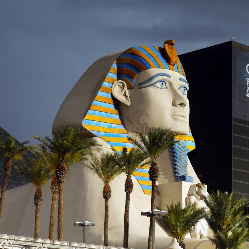 Sphinx e piramide egiziani fotografie stock libere da diritti