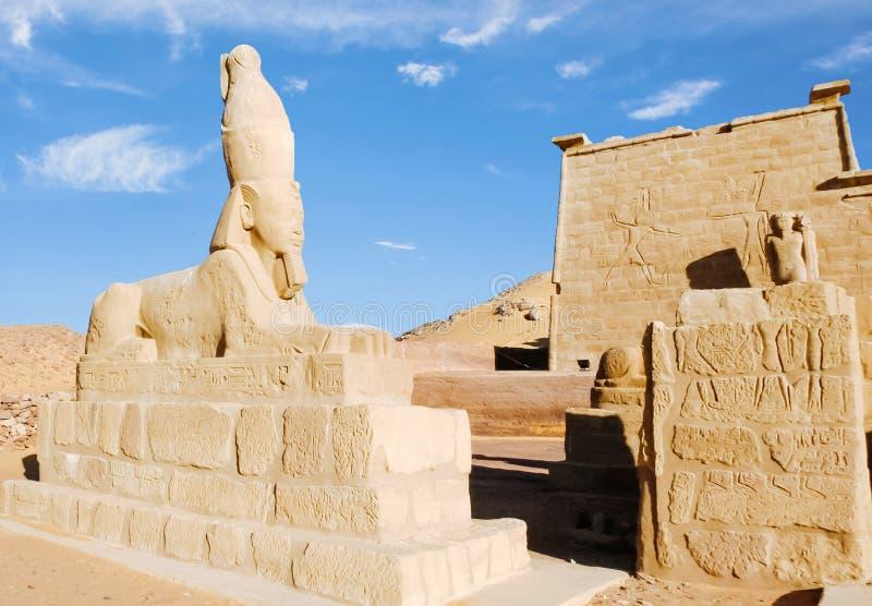 Sphinx Ramesses ΙΙ στο ναό Wadi ES-Sebua στοκ εικόνα
